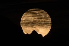Pleine lune et la Tournette