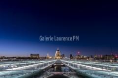 Cathédrale St Paul et le Millenium Bridge à Londres